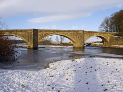 Loyn_Bridge_in_winter_-_geograph.org_.uk_-_1663214
